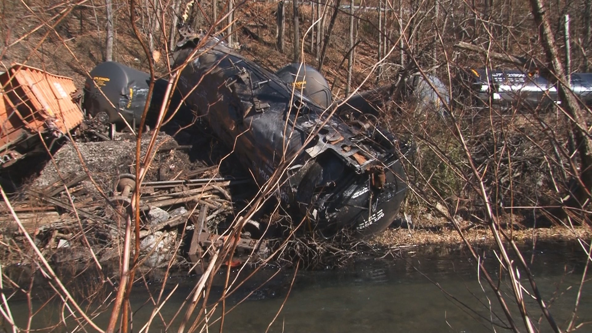 A Norfolk Southern train derailed in McDowell County on Friday morning.  A tanker car is reportedly leaking asphalt into Elkhorn Creek.